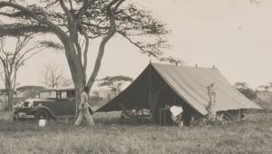 Serengai-HRH-tent-car
